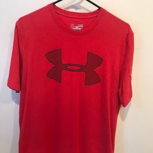 Men's small Under Armour Tee